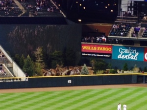 The beautiful trees give Coors field a rockies feel