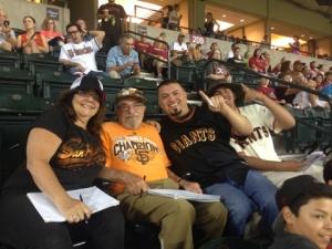 Giants fans from Arizona tell Bert he is a celebrity