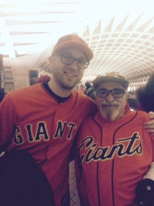 Giants fans find each other in the metro