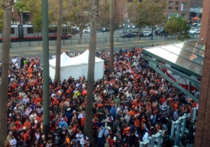 Eager Giants fans waiting to get in. photo courtesy of Jack Bair